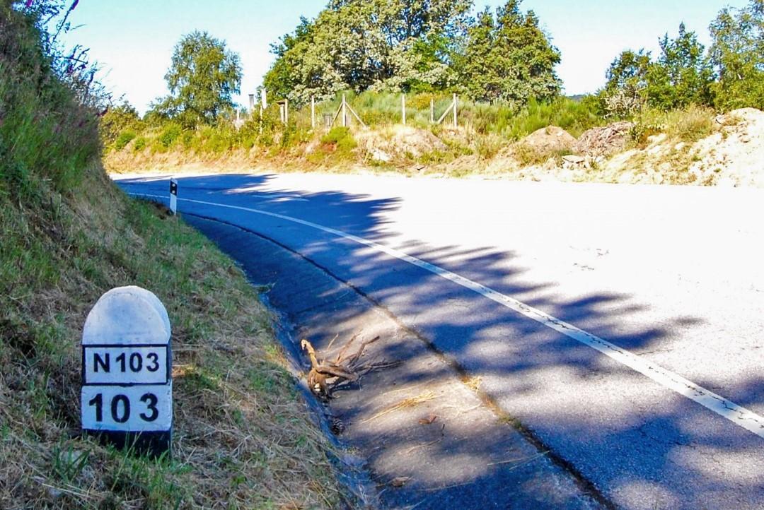 Marco da Estrada Nacional 103