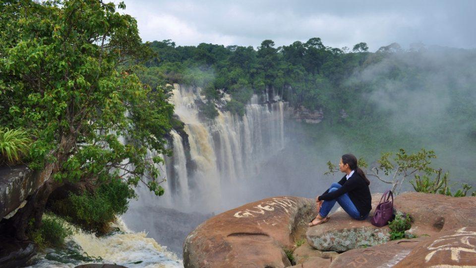 Ruthia em Angola